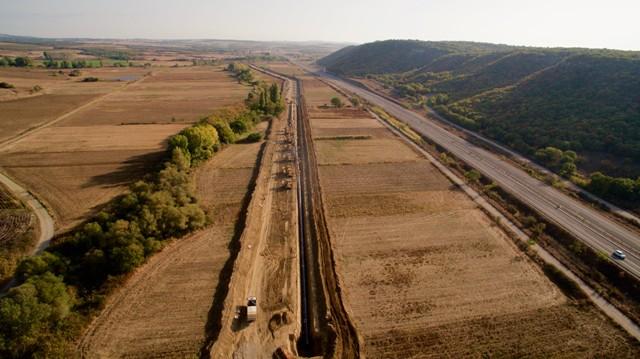Καταβίβαση συγκολλημένου τμήματος αγωγού, Βόρεια Ελλάδα, Νοέμβριος 2016