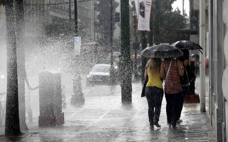 Ζερεφός: 700 δις το κλιματικό κόστος για την Ελλάδα - τι είπε για τη ζέστη