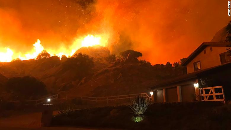 181109100051 01 woolsey california fire 1109 exlarge 169
