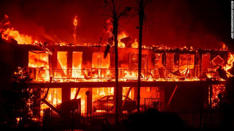 181109124426 13 california wildfire 1108 camp fire exlarge 169