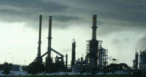 refinery 340439 960 720
