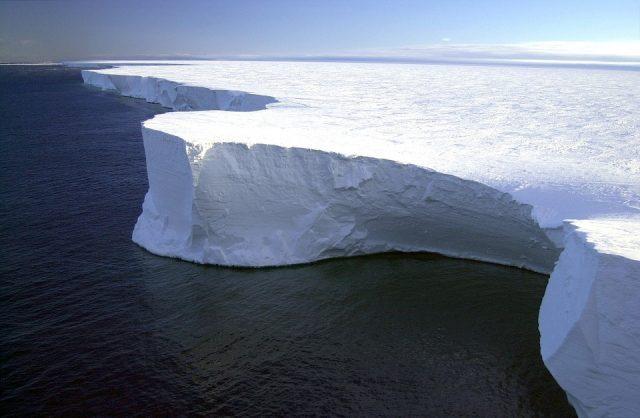 iceberg 79389 960 720