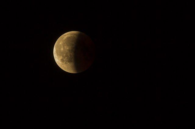 lunar eclipse 3568836 960 720