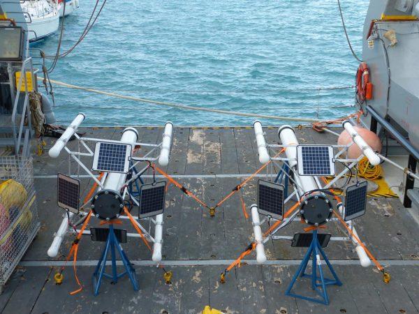 Μobile Earthquake Recording in Marine Areas by Independent Divers
