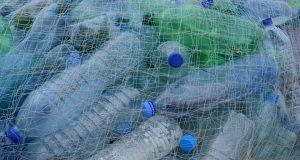 plastic bottles 388679 960 720