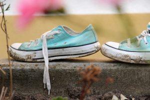 sneakers 572601 960 720