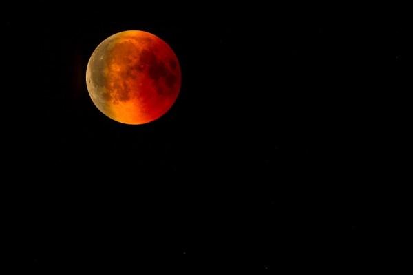blood moon 3572336 960 720