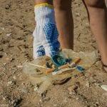 Αποτσίγαρα στην παραλία