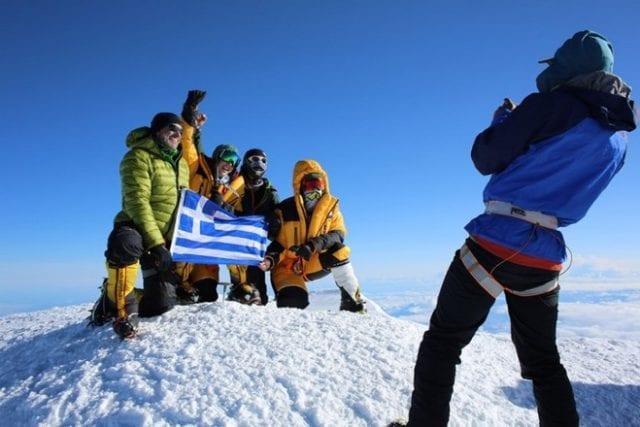Οι δύο Ελληνίδες που κατέκτησαν την κορυφή του Έβερεστ