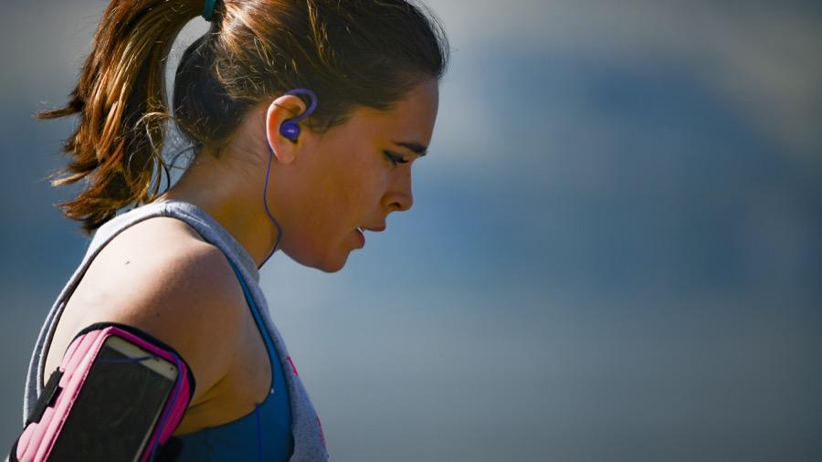 Κορονοϊός: Αρκεί η απόσταση 2 μέτρων όταν κάνουμε τζόκινγκ ή ποδήλατο;