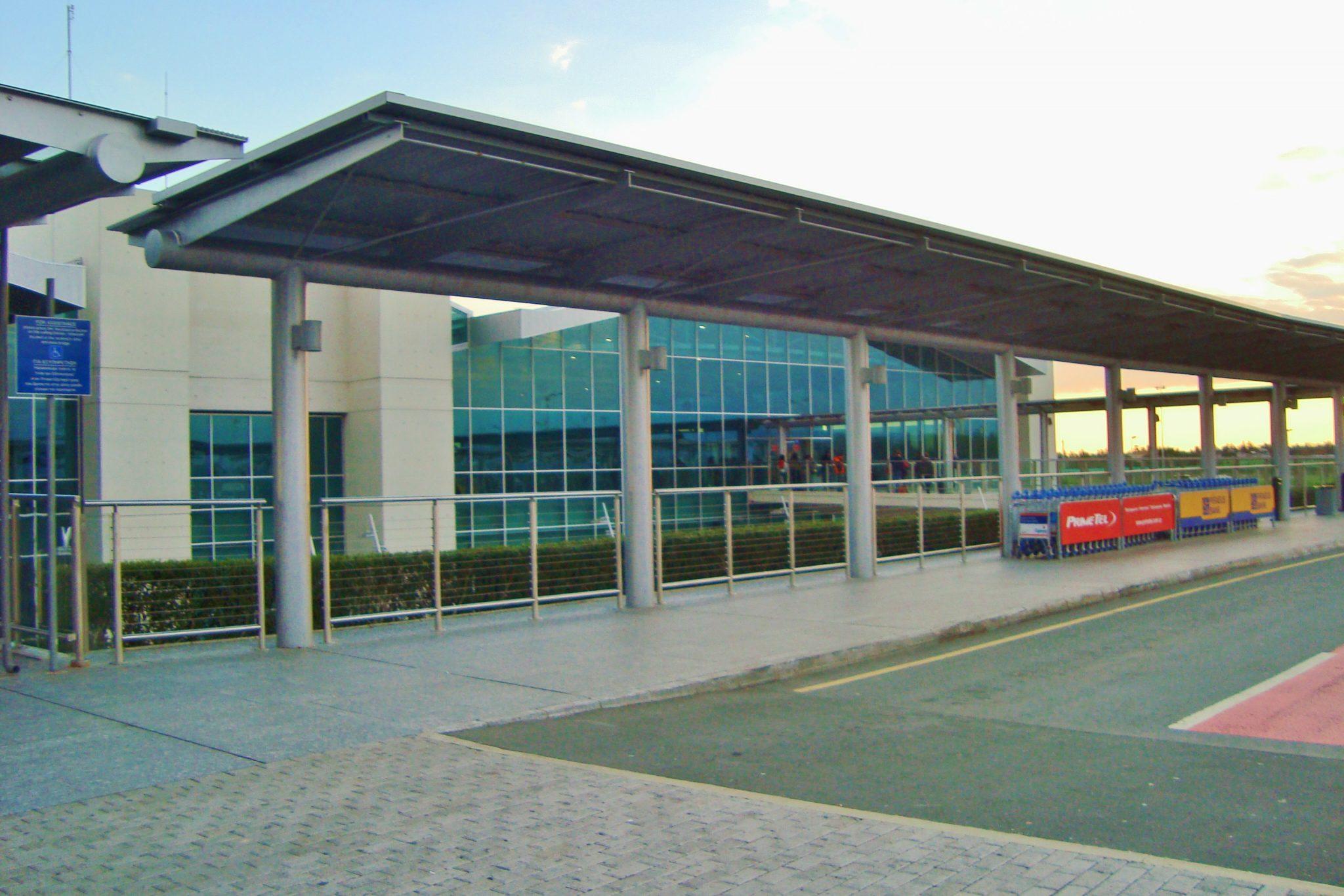 αεροδρόμιο Λάρνακας και Πάφου