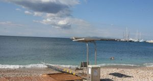 Seatrac για ΑμεΑ, στην παραλία Βοτσαλάκια Πειραιά