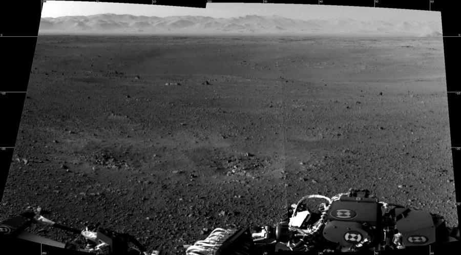 First two full resolution images from the Curosity rover
