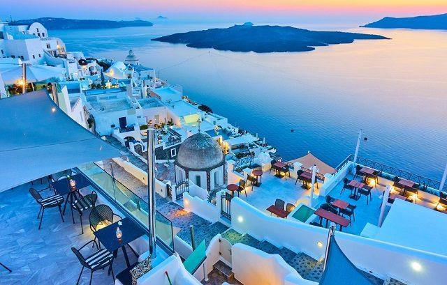 Η TUI εμπιστεύεται την Ελλάδα ως τουριστικό προορισμό