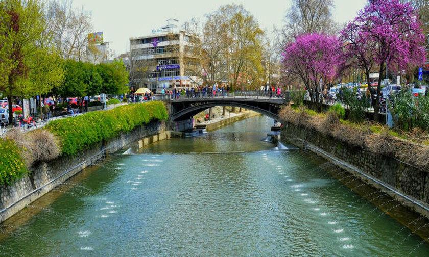 Νέες μονάδες επεξεργασίας απορριμμάτων σε Κέρκυρα και Τρίκαλα