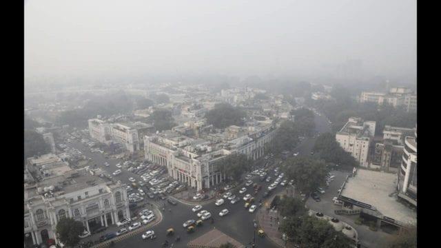 Αποπνικτική η ατμόσφαιρα στο Νέο Δελχί