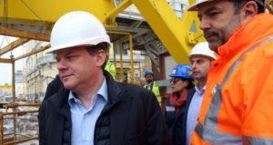 Ο υπουργός Υποδομών και Μεταφορών επισκέφτηκε το μετρό Πειραιά