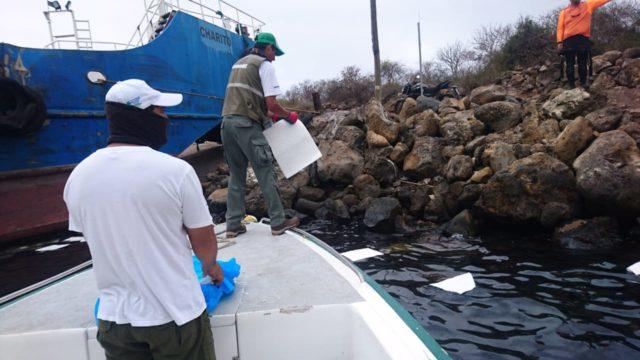 Υπό έλεγχο η κηλίδα ντίζελ που απειλούσε τα Νησιά Γκαλαπάγκος