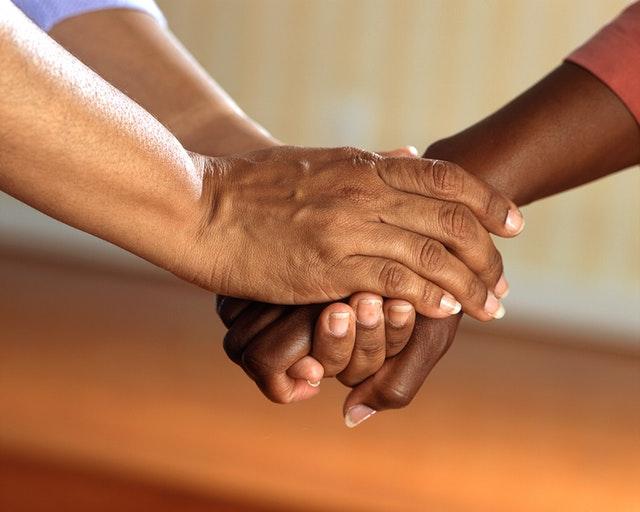 εθελοντισμός, αλτρουισμός, χέρια