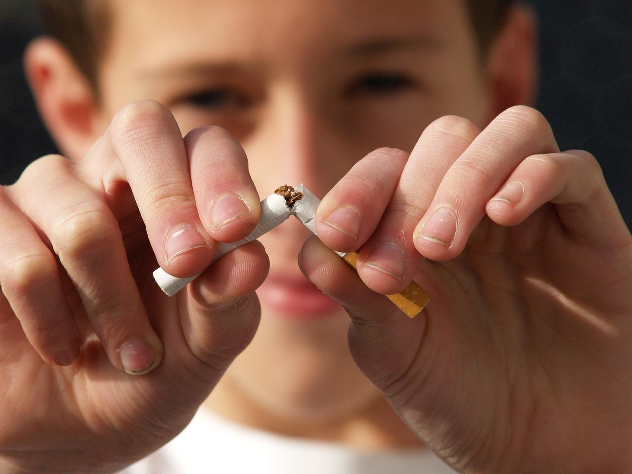 non smoking 2497308 1280