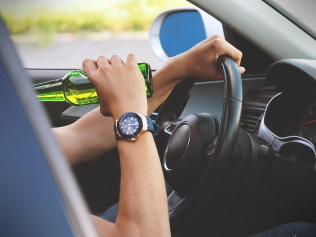 Ποτό αλκοόλ και οδήγηση