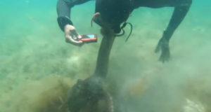 Χταπόδι έπιασε φίλο έναν καταδύτη στην Αυστραλία