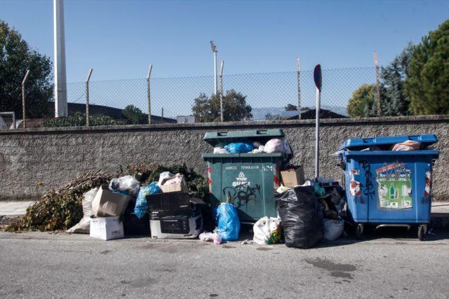 Σκουπίδια, απορρίμματα, κάδοι