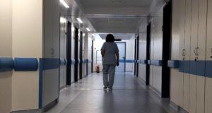 Κορονοϊός, Νοσοκομείο