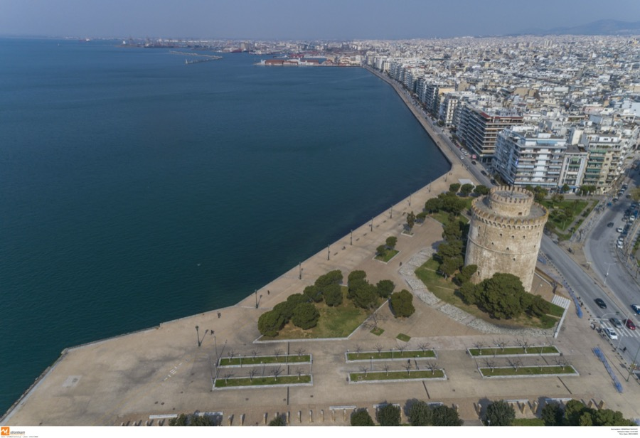 Κλείνει η νέα παραλία Θεσσαλονίκης