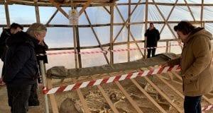 Λίνα Μενδώνη - Αρχαιολογικά ευρήματα
