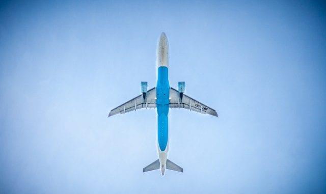 αεροπορικά ταξίδια, αεροπλάνο