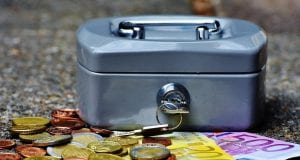 Χρήματα, οικονομική ενίσχυση
