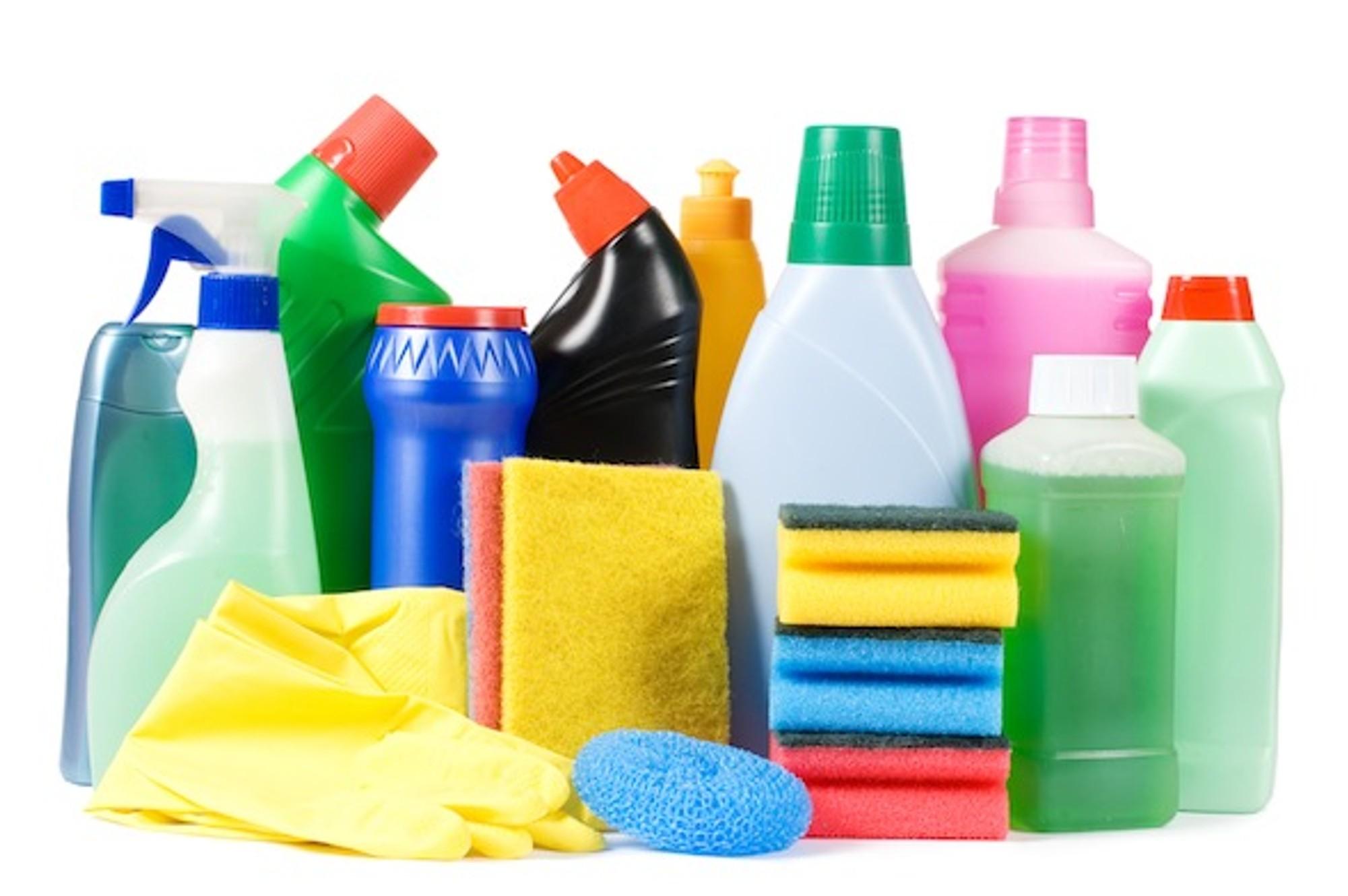 Κορωνοϊός: Μπορούν να τον καταπολεμήσουν τα αυτοσχέδια καθαριστικά;