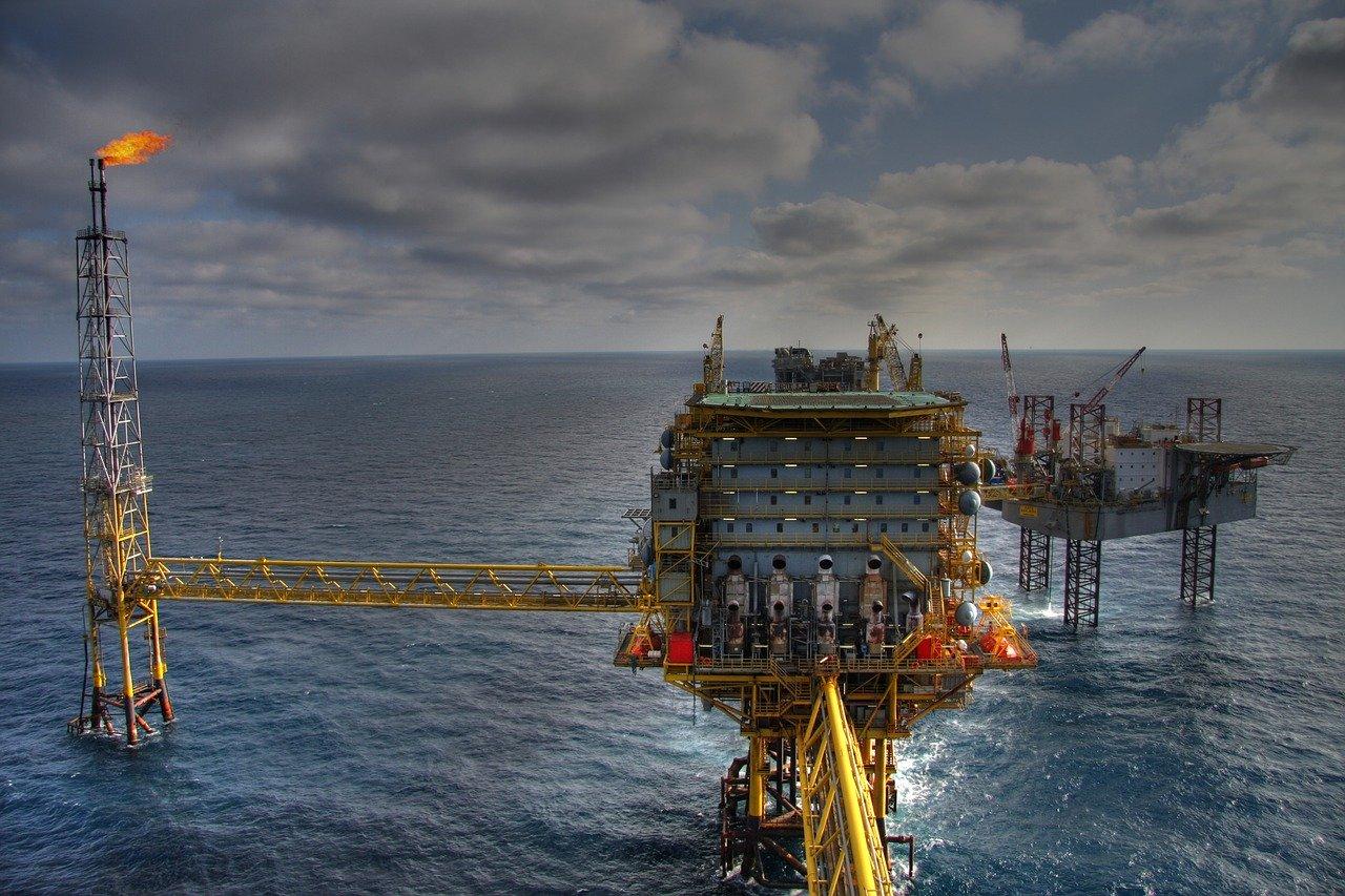 αργό πετρέλαιο