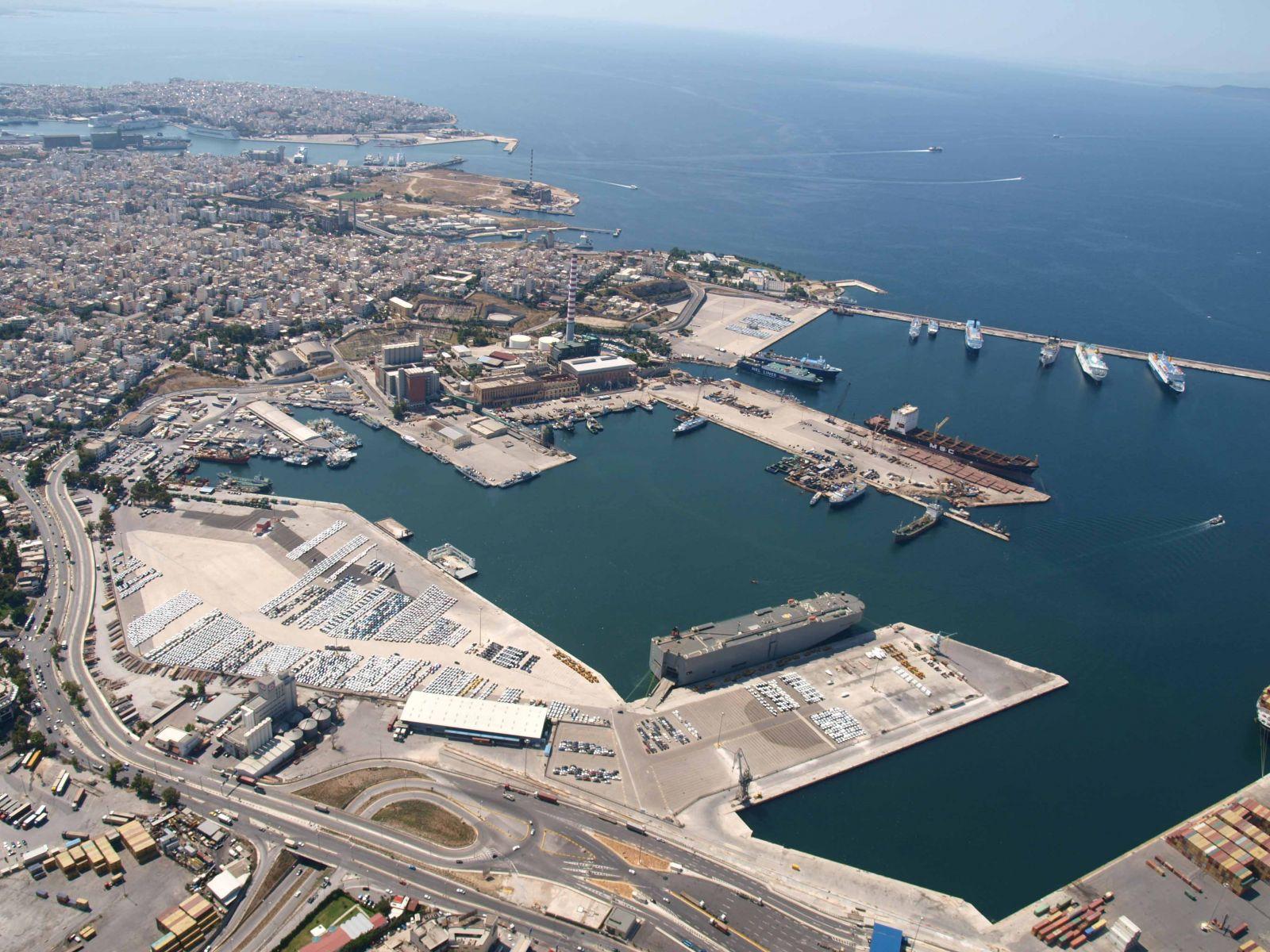 Έργα στο Λιμάνι του Πειραιά - Περιβαλλοντικό Έγκλημα στον Σαρωνικό