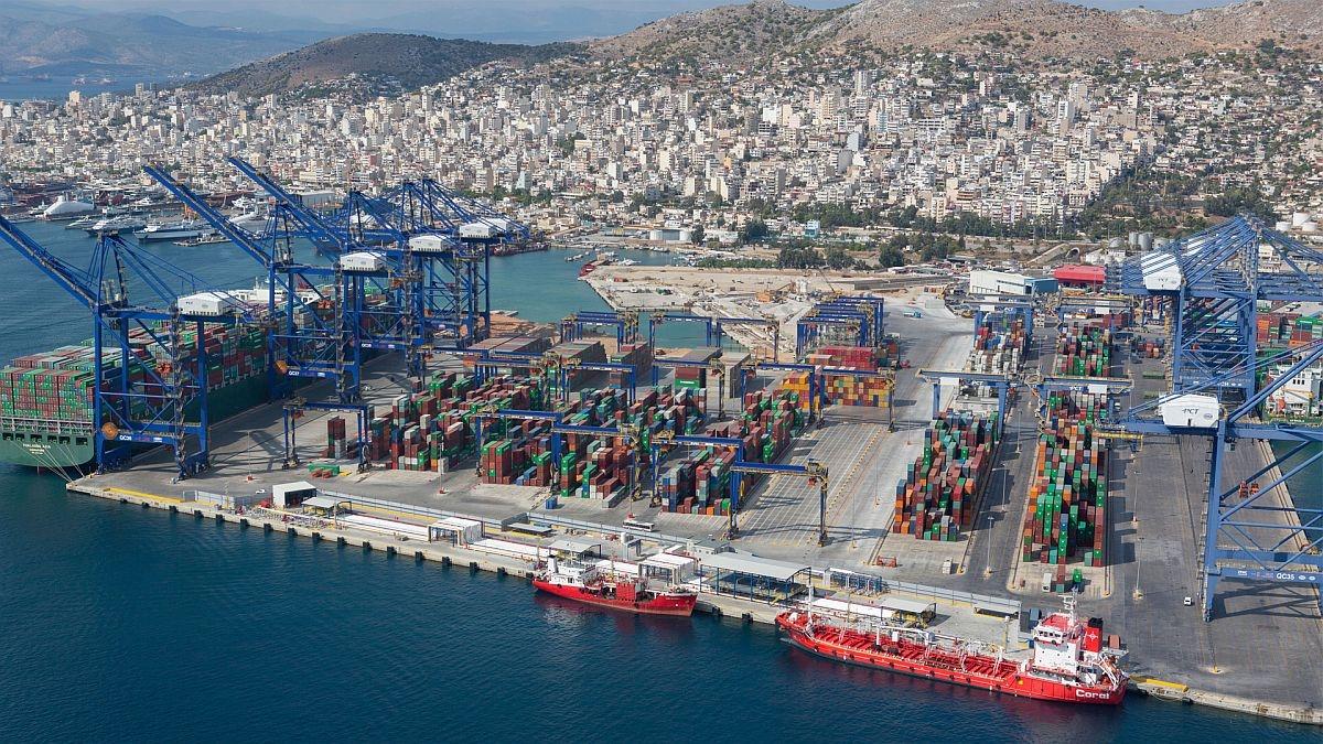 Περιφέρεια Αττικής: Περιβαλλοντικές προϋποθέσεις και όροι για το λιμάνι του Πειραιά
