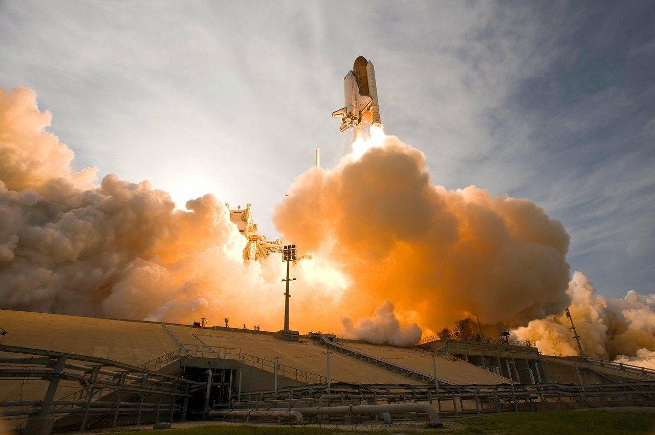 Πλησιάζει η πρώτη επανδρωμένη αποστολή από NASA και SpaceX στον Διεθνή Διαστημικό Σταθμό