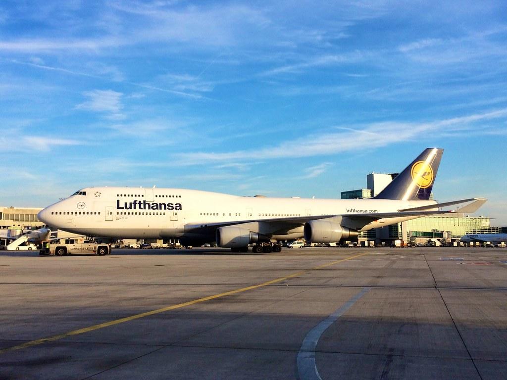 Αεροπλάνο Lufthansa, αεροδρόμιο