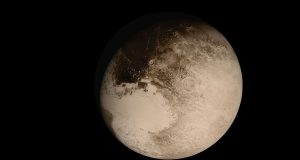 Pluto NewHorizons FlyingPastImage