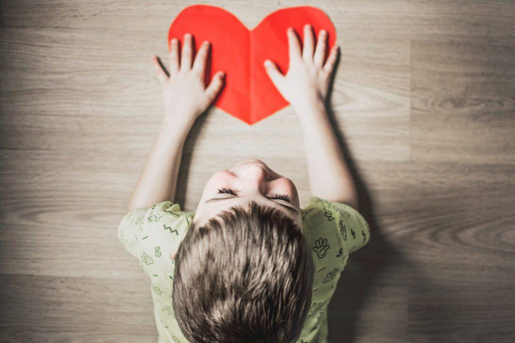 Νοσηλεία γονέα για λίγες μέρες; Δείτε πώς να προετοιμάσετε το παιδί σας