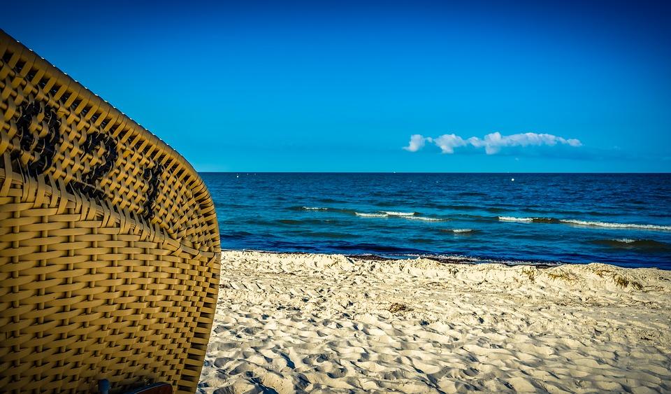 Πως οι βόλτες σε παραλίες και λίμνες βοηθούν στην καλή υγεία