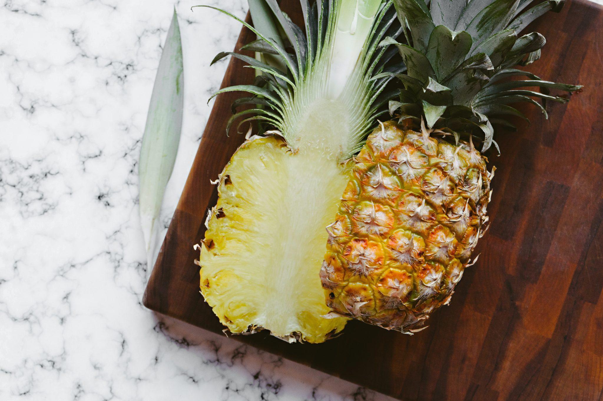 5 Τροπικά φρούτα - Δείτε τη διατροφική τους αξία και τα οφέλη τους Ανανάς