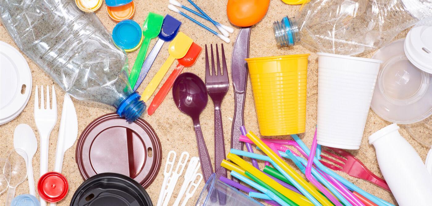 Greenpeace: Επισημάνσεις προς το ΥΠΕΝ για τα πλαστικά μιας χρήσης