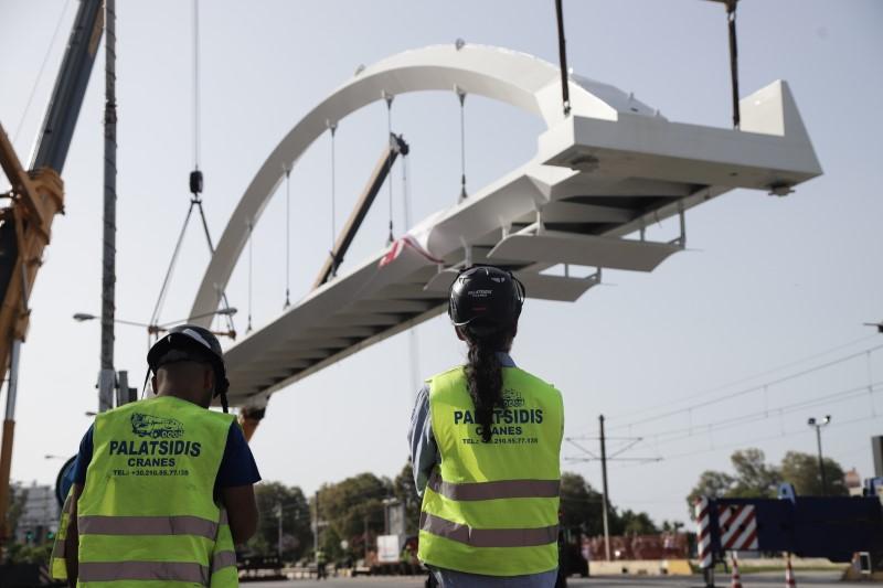Ποσειδώνος: Γεγονός η νέα πεζογέφυρα!