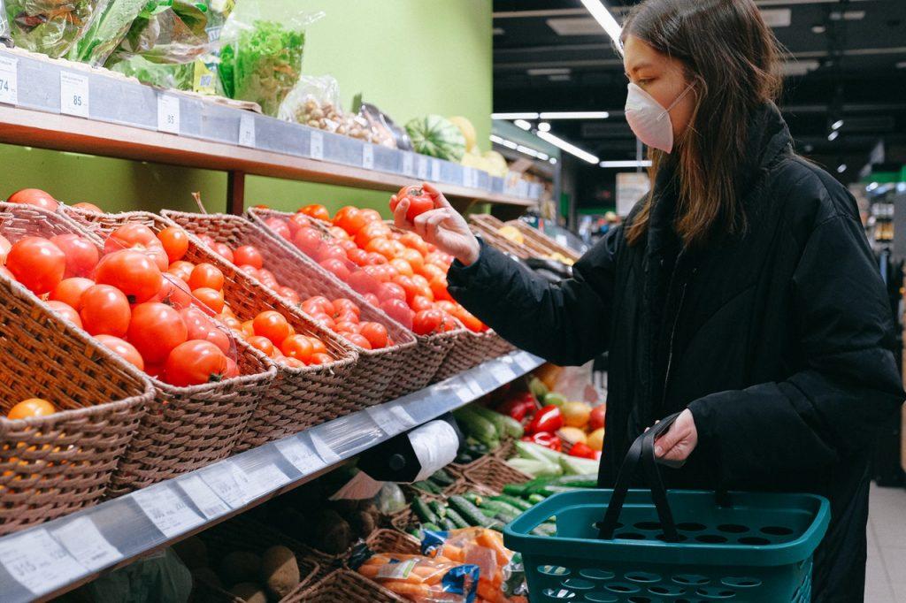 Πως η πανδημία άλλαξε τον τρόπο που ψωνίζουμε για φαγητό