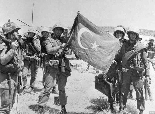 46 χρόνια από την εισβολή στην Κύπρο - Μηνύματα πολιτειακής, πολιτικής ηγεσίας