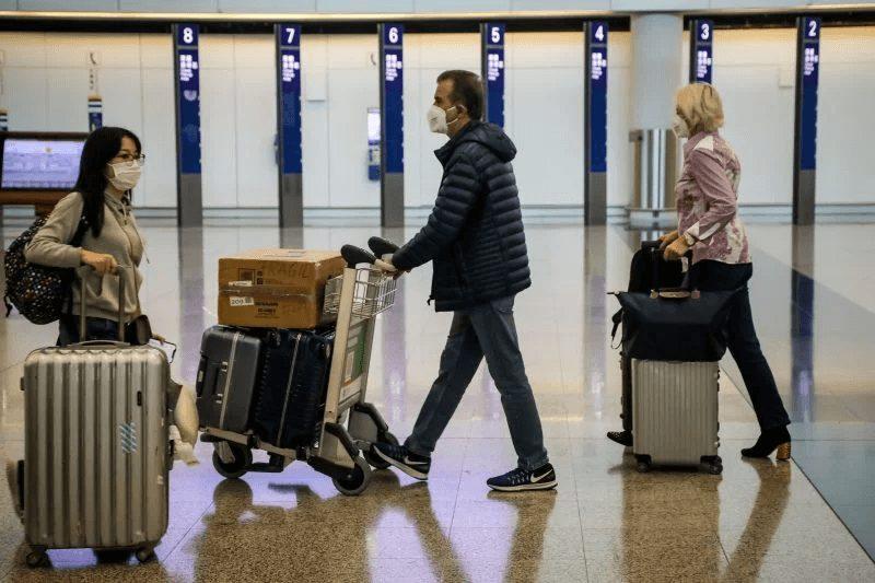 ταξιδιωτικούς περιορισμούς αεροδρόμιο