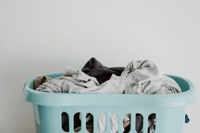 πλύσιμο συνθετικών ρούχων