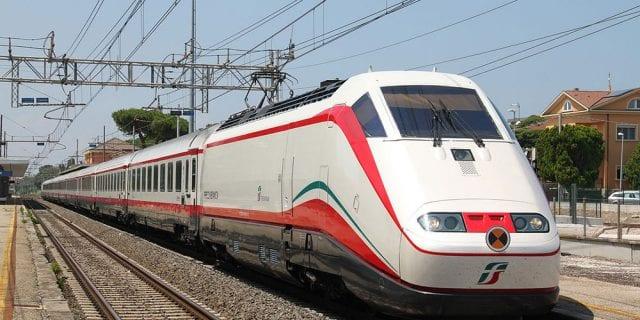 σιδηροδρομική γραμμή Αθήνας-Θεσσαλονίκης