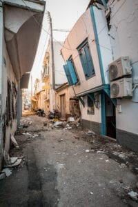 Η επόμενη μέρα του ισχυρού σεισμού των 6,7 ρίχτερ στην Σάμο.Εικόνες από τις καταστροφές που έχουν υποαστεί σπίτια και καταστήματα στο Βαθύ, Σάββατο 31 Οκτωβρίου 2020 (EUROKINISSI / ΜΑΝΩΛΗΣ ΘΡΑΒΑΛΟΣ)